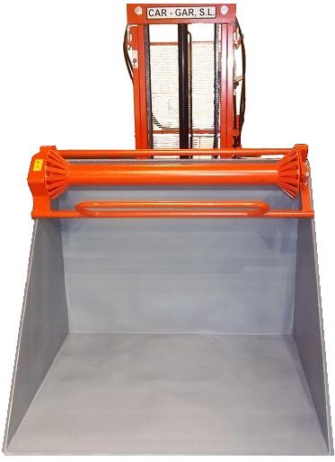 Elevador sacador con cazo en V_1